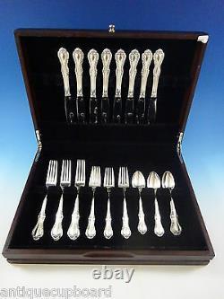 Southern Colonial by International Sterling Silver Flatware Set 8 Service 32 Pcs